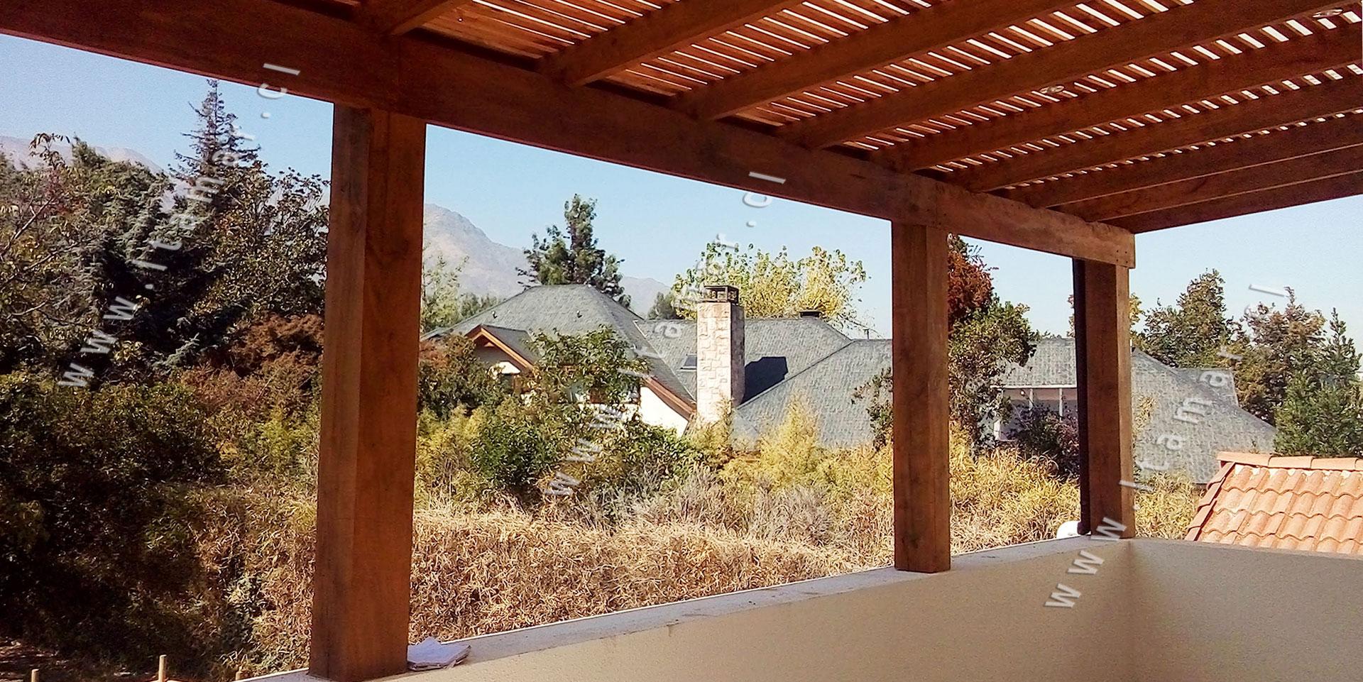Estructuras de roble cobertizos de madera techos de for Cobertizo de madera ideas de disenos